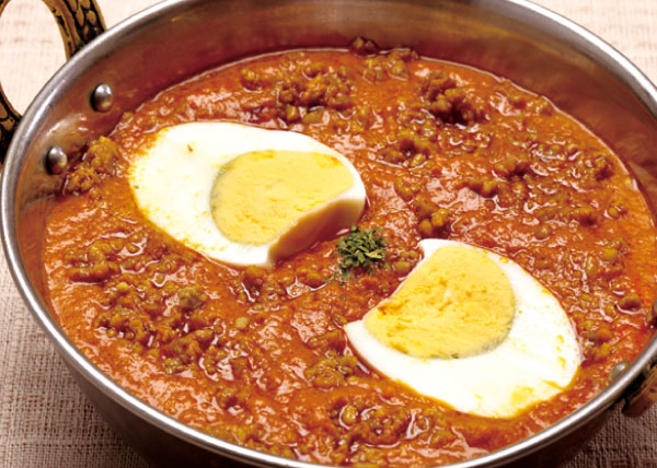 キーマエッグカレー(挽き肉とゆで卵)